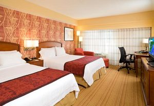 hotels in newton ma
