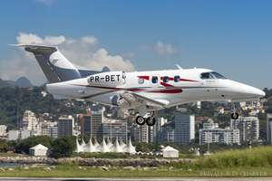 Embraer Phenom 100 private jet