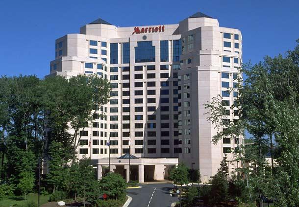 Hotels Near Mosaic District Virginia