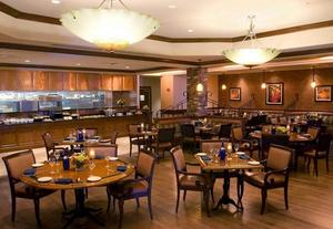Hotel Restaurant Near Quincy