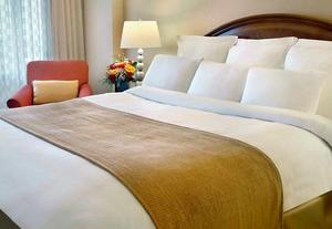 Newark Hotel Package