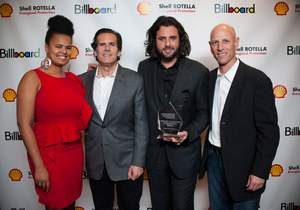 MediaCom and Pennzoil Win Billboard's Concert Marketing & Promotion Award for Tim McGraw Partnership