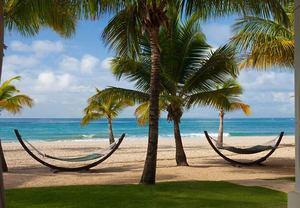 San Juan beachfront entertainment