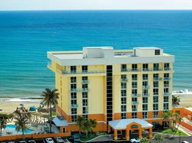 Beachfront hotel in jensen beach