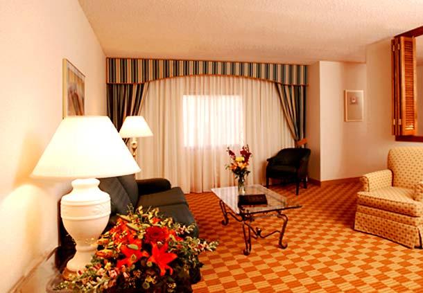 Racine Wisconsin hotels