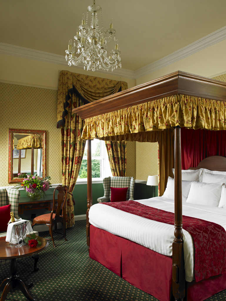 Luxury Hotel Rooms near Edinburgh