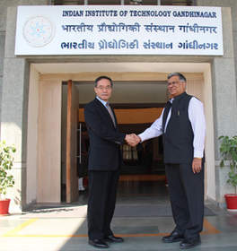 Prof. Sudhir K. Jain of IIT Gandhinagar and Terumoto Nonaka of Ricoh Co. Ltd.