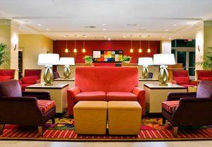 Visalia CA Hotel