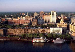 Hotels near River Street Savannah GA