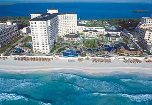 Cancun luxury resort