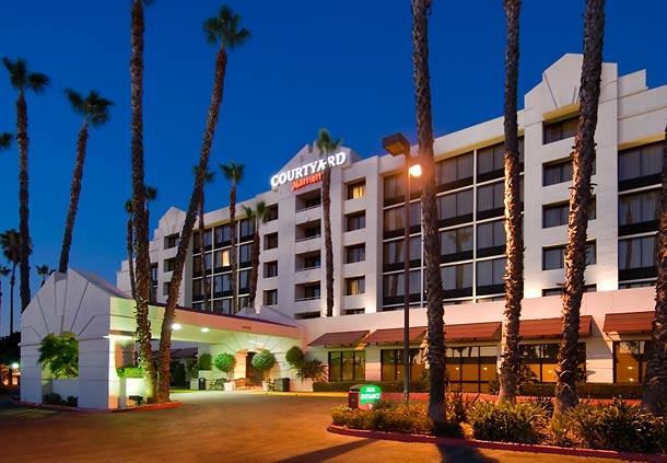 Hotel in Downtown Riverside