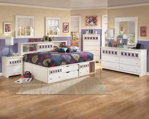 Zayley Youth Bookcase Bedroom Set