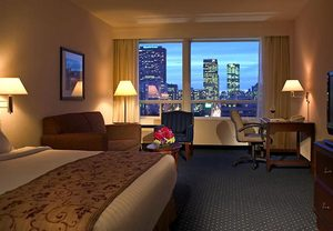 downtown toronto hotel rooms