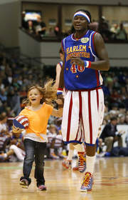 Stay Two Nights with HoJo, See the Harlem Globetrotters for Free