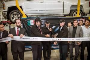 electric trucks,ev,tesla,hybrid,erev,VIA,pickup,trucks,manufacturing,cars,prius,governor Torenza
