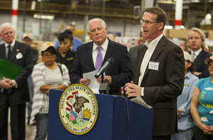 Gold Eagle Co. President and CEO, Marc Blackman, welcomes Illinois Governor Pat Quinn to Gold Eagle's headquarters to announce the launch of the Illinois Manufacturing Lab