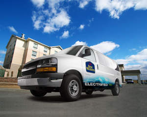 VIA Motors,Bob Lutz,Sun Country Highway,hybrid,electric vehicle,VTRUX, electric truck