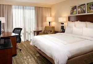 Best hotel in Charleston West Virginia