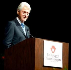Inaugural Joe DiMaggio American Icon Award Presented to President Bill Clinton