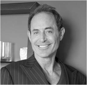 Creative Director Michael Stern of Stonehenge - Clear Channel Interview with host Michael Yorba of The Traders Network show DFW 1190AM KFXR