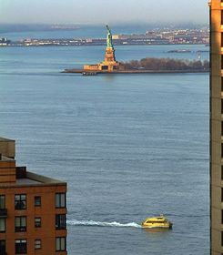 Statue of Liberty NY hotel
