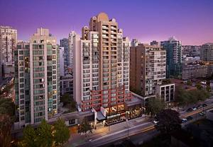 hotel near Vancouver Convention Centre