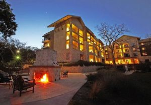 The courtyard new braunfels river village was recently awarded two top