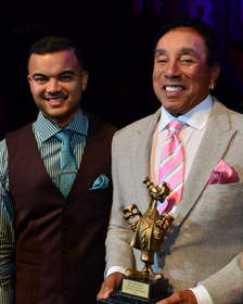 """Musical legend Smokey Robinson pictured with international recording artist Guy Sebastian at The Thalians' gala honoring Robinson with its """"Mr. Wonderful"""" Award.  The event benefited UCLA Operation Mend. (Photograph by Mark Valinsky)"""