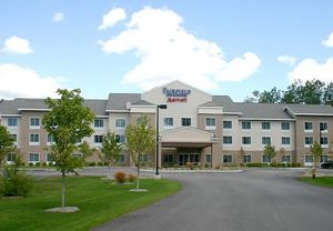 Brunswick Airport hotels