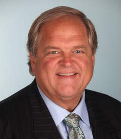 Orange County Plastic Surgeon Daniel Mills, MD, FACS