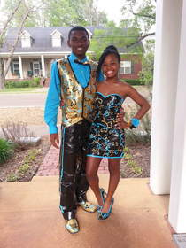 Kechantra Ward and Jeffery Patton, of Senatobia, Miss., are the Grand Prize winners of the 2014 Duck® brand Stuck at Prom® Scholarship Contest.