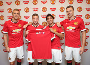 """Darren Fletcher, Tom Cleverley, Rafael and Jonny Evans celebrate the launch of Manchester United's global partnership agreement with Nissin"" credit: Manchester United"