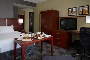 Hotels near YUL airport