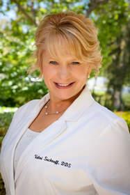 Poway Cosmetic Dentist Dr. Valeri Sacknoff