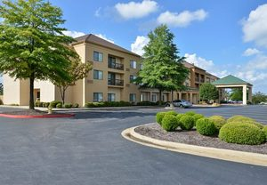 Hotels in Bentonville AR