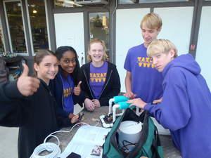 Warren-Walker Middle School's SeaPerch Club was generously funded in part by an INCOSE grant.