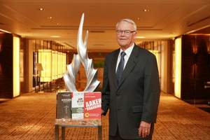 David Aaker shared insights from his latest books on brand building, portfolios and strategy for business, marketing and brand strategists in Shanghai on 22 September 2014.