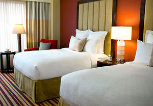 Hotels Near SouthPark Mall