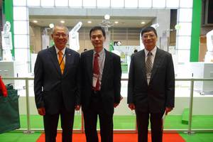 From left to right: Yung-Tsai Chuo, the Chairperson of Hiwin Technologies, Yeau-Ren Jeng, the Executive Vice President of National Chung Cheng University and the Director of AIM-HI, and De-Shin Liu, the Chair of Department of Mechanical Engineering, National Chung Cheng University. The photo was taken in front of Hiwin booth at JIMTOF 2014, Tokyo, Japan.