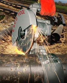 The ESCO APS-438 Universal Air-Powered Saw