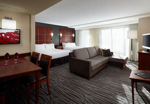 Hotel suites near Montreal airport