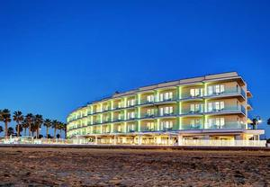 Hotels near Coronado Beach