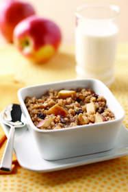 Apple-Raisin Breakfast Quinoa