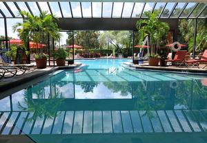 Tampa hotels with indoor pool