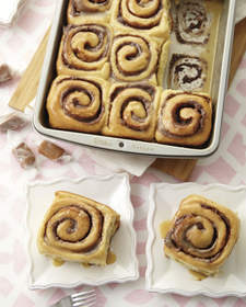 Cinnamon Rolls with Caramel Glaze