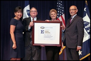 Edwards Global Services Accepts President's 'E' Star Award for Export Service