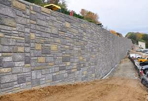 Simulated stone retaining wall by Smith-Midland Corporation