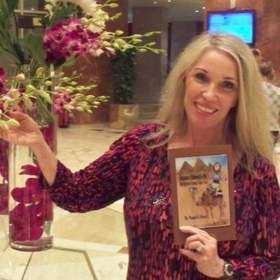 Randi D. Ward is a teacher, author & entrepreneur.