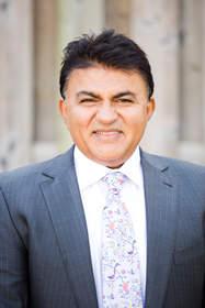 Toronto Cosmetic Dentist Dr. Arun Narang