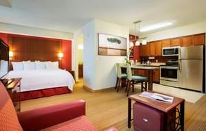 Aventura hotel offers